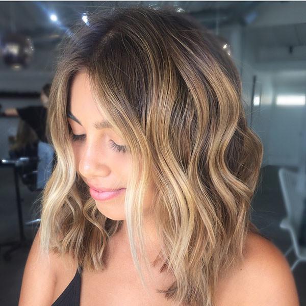Blonde-Balayage-Hairstyle Best Short Wavy Hair Ideas in 2019