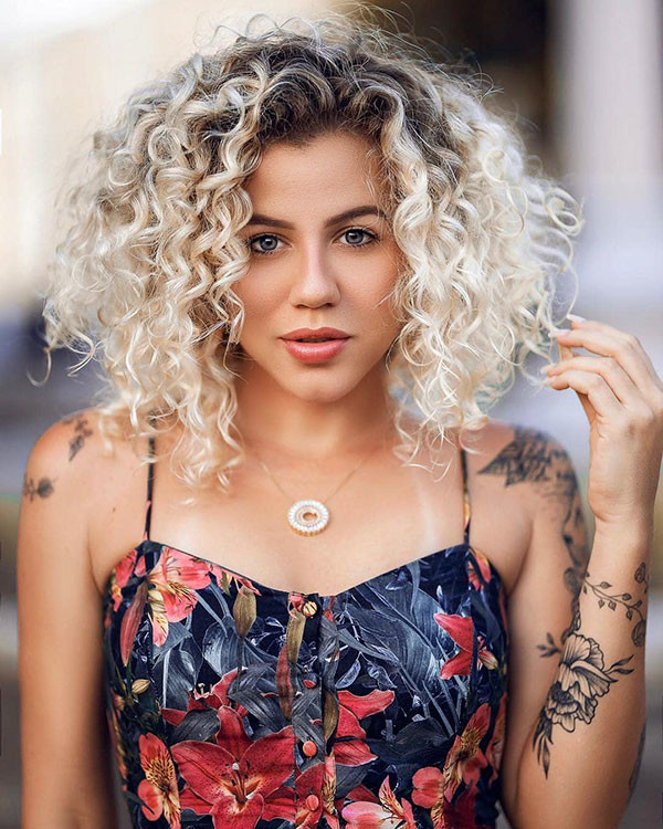 Blonde-Bob-with-Dark-Roots Best Short Curly Hair Ideas in 2019
