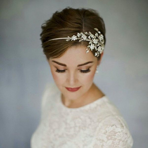 Classy-Short-Hair Wedding Hairstyles for Short Hair 2019