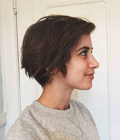 Cute-Layered-Bob-Cut Cute Short Hairstyles and Cuts You Have to See