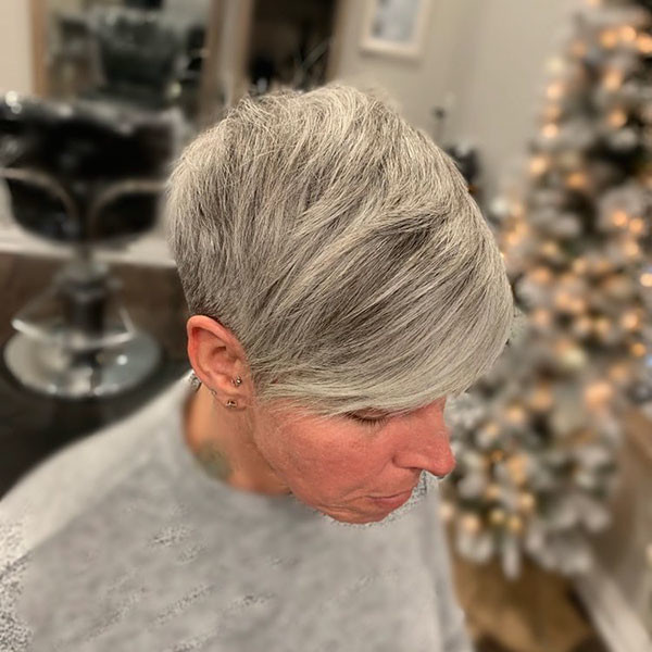 Fine-Straight-Hair Best Short Hairstyles for Older Women in 2019