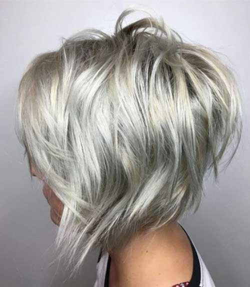 Layered-Cut-with-Unique-Colors Amazing Graduated Bob Haircuts for Modern Ladies