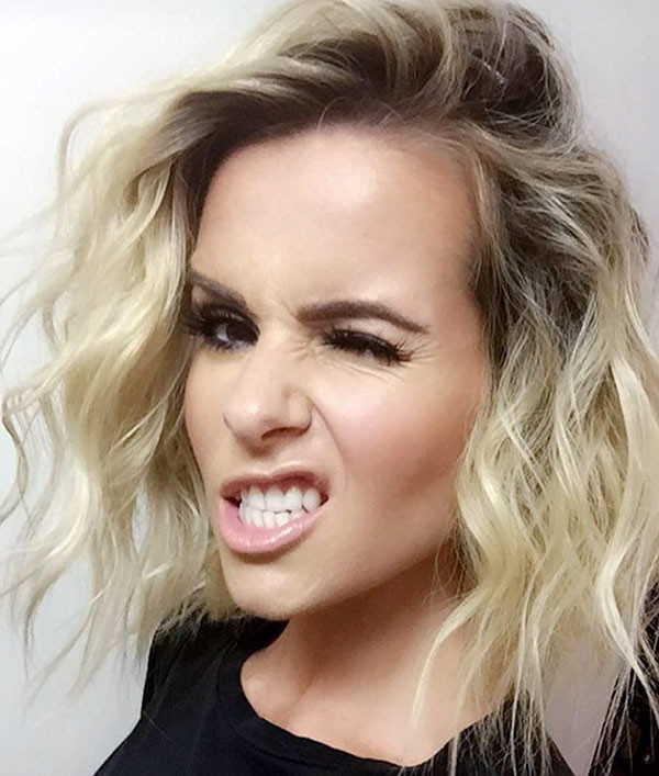 Messy-Curly-Waves Popular Short Hairstyles for Fine Hair