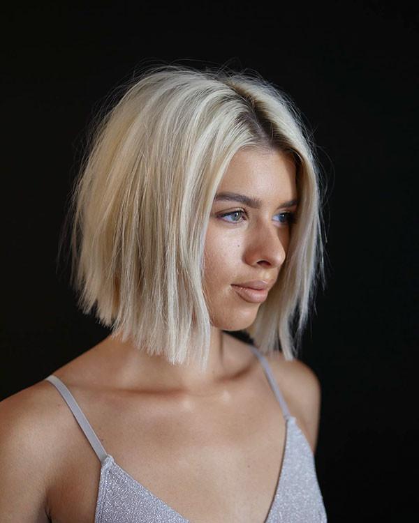 Modern-Tecture-Bob-for-Girls Beautiful Short Hair for Girls