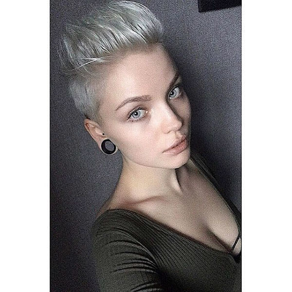 Mohawk-Style-Pixie Beautiful Short Hair for Girls