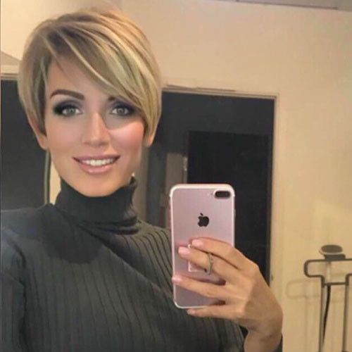 Pixie-Cut-1 Best New Short Hair with Side Swept Bangs