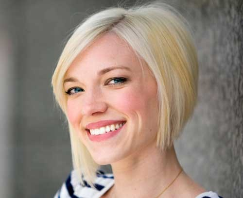Short-Graduated-Bob-Hairstyle-for-Fine-Straight-Hair Short Straight Hairstyles for Fine Hair