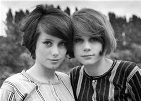 Short-Straight-Puffy-Look Vintage Hairstyles Short Hair