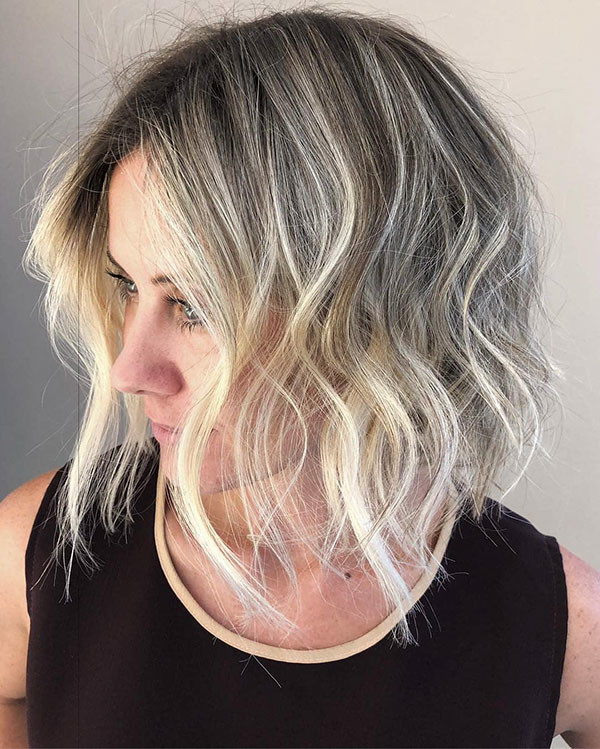 Soft-Waves Popular Short Hairstyles for Fine Hair
