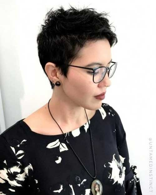 Spiky-Look-Pixie New Short Haircut Trends Women 2019