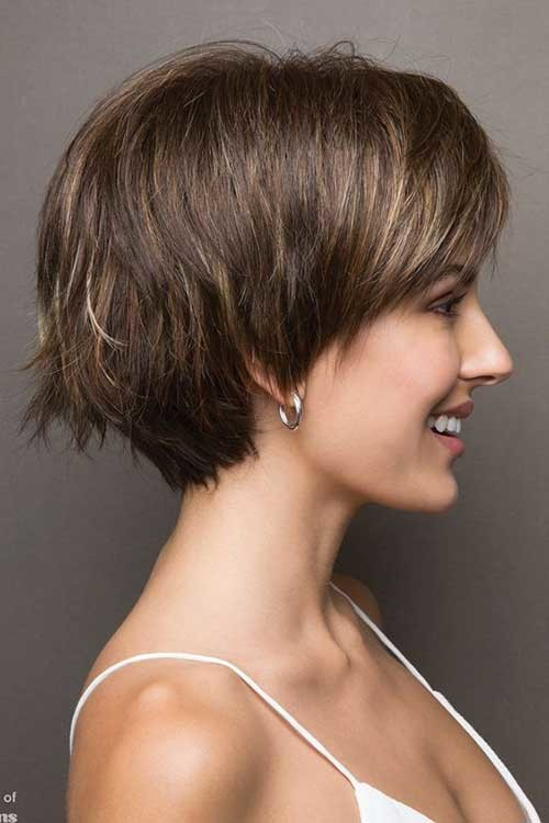 Stacked-Pixie-Bob Pixie Bob Haircuts for Neat Look