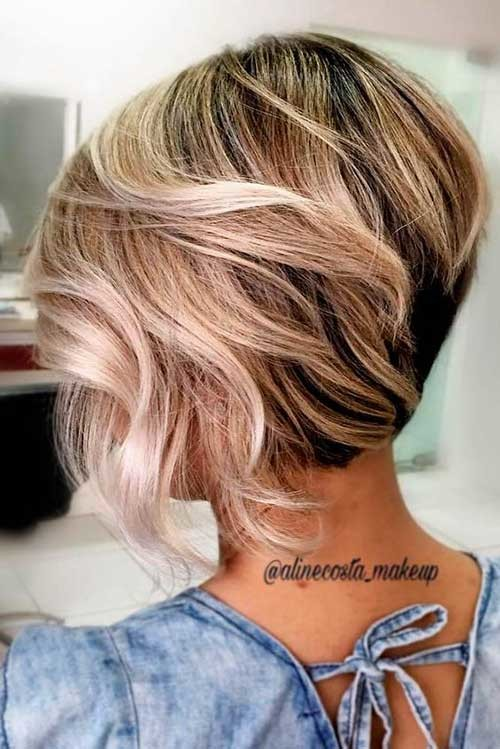Two-Colored-1 Amazing Graduated Bob Haircuts for Modern Ladies