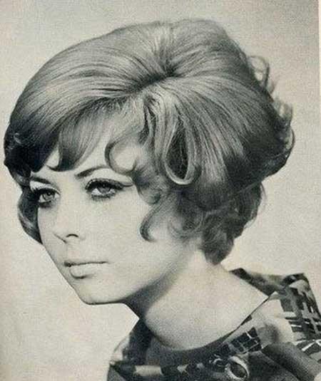 Voluminous-Layered-Vintage-Hair Vintage Hairstyles Short Hair