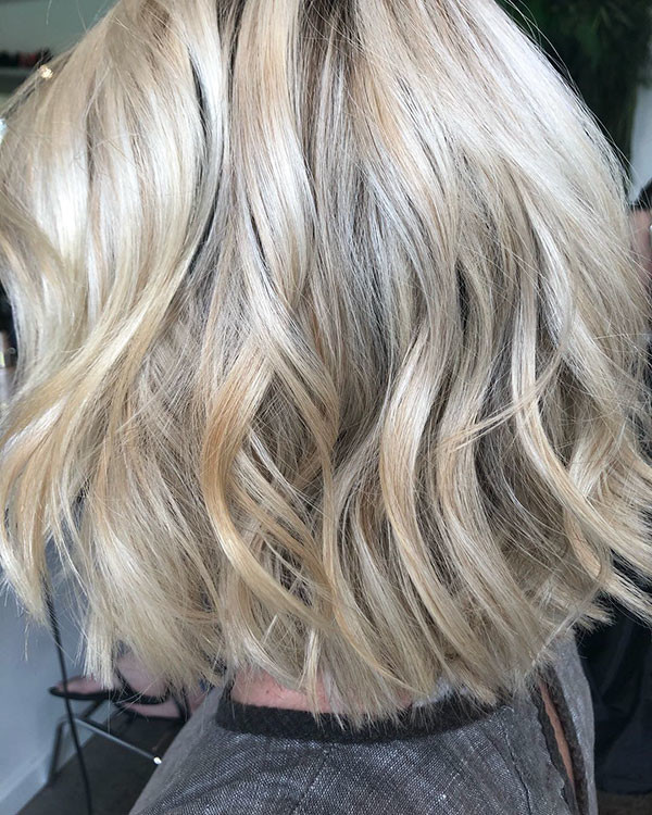 Wavy-Bob-Hair New Short Blonde Hairstyles