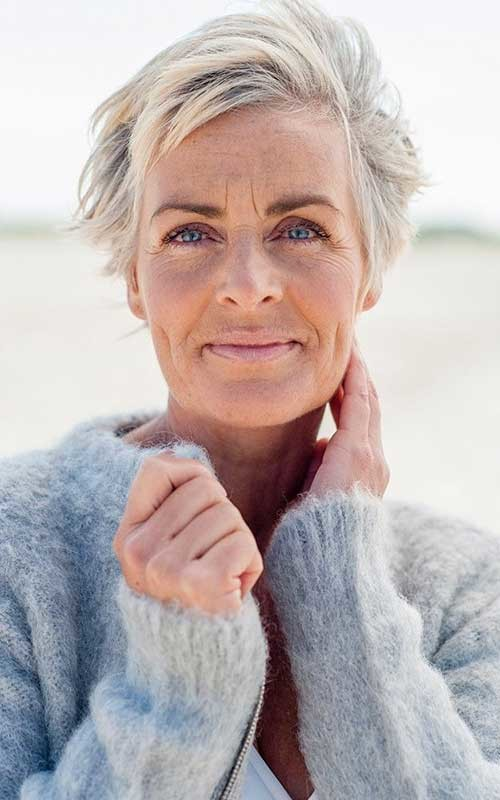 11.Short-Hair-Women-Over-50 Best Short Hair For Women Over 50