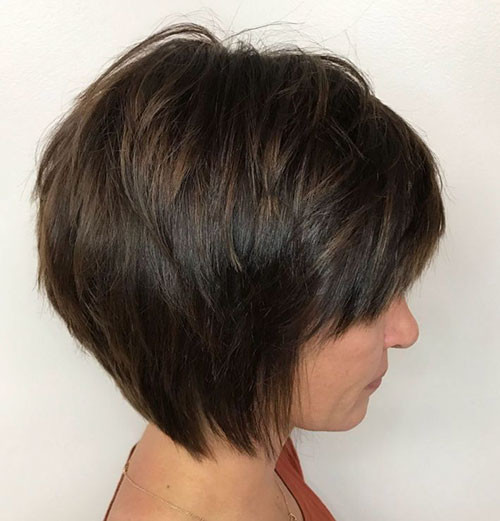 54-short-layered-bob-with-bangs Best Short Layered Bob With Bangs