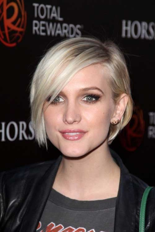 Ashlee-Simpson-Short-Hair Asymmetrical Bob Haircuts