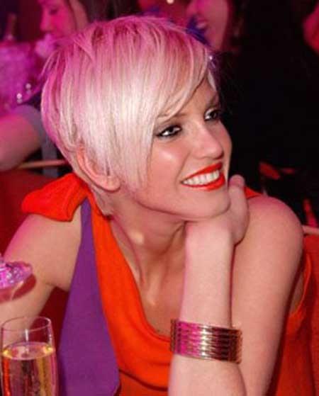 Blonde-Pixie-Hair-Cut Beautiful Short Celebrity Hairstyles