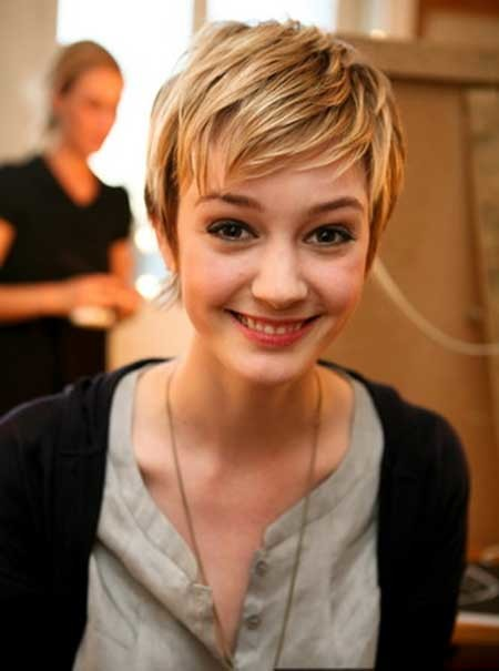 Bob-Pixie-Haircut-with-Bangs Short Pixie Cuts for Women
