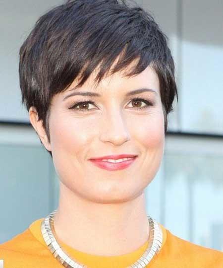 Choppy-Layered-Boyish-Pixie-Haircut Short Pixie Cuts for Women