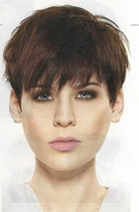 Choppy-Pixie-Haircut-with-Messy-Top-and-Front Short Pixie Cuts for Women