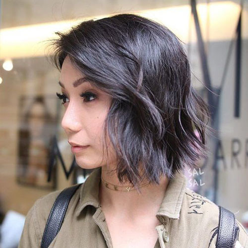 Choppy-Wavy-Bob Latest Short Haircuts for Women 2019