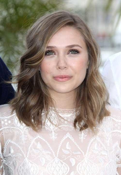 Cute-Light-Brown-Short-Medium-Wavy-Hair Cute Medium Short Haircuts