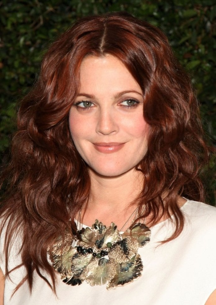 Drew-Barrymores-Wavy-Red-Layers Hairstyles for Women Over 40