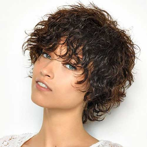 Shaggy-Short-Curly-Hair Cute Curly Short Hairstyles for Ladies