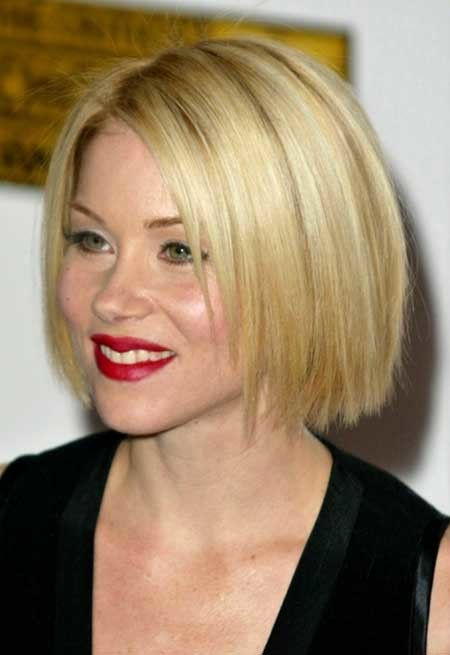 Short-Asymmetric-Cut Short Cuts for Straight Hair