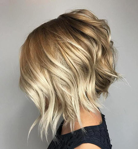 Short-Balayage-Bob-Haircut Popular Short Blonde Hair 2019