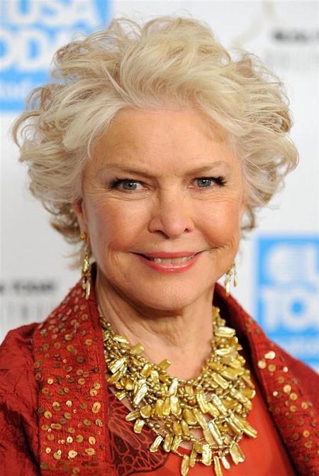 Short-White-Curly-Hair Short Hair for Older Women