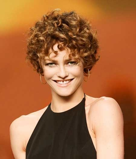 Super-Short-Bouncy-Curly-Dreadlock-Hairstyle Short Styles for Curly Hair