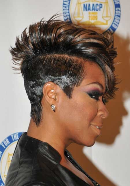 The-Awesome-and-Stylish-Mohawk-Pixie-Hairstyle Nice Short Hairstyles for Black Women