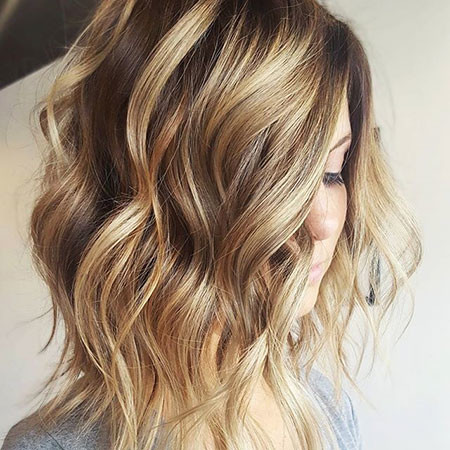 Wavy-Bob-Hair New Bob Hairstyles 2019