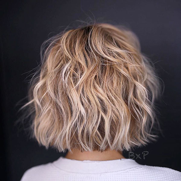 21-short-layered-wavy-hair New Short Wavy Hair Ideas in 2019