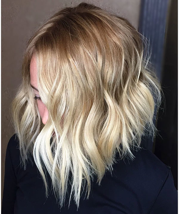 32-short-layered-wavy-hair New Short Wavy Hair Ideas in 2019