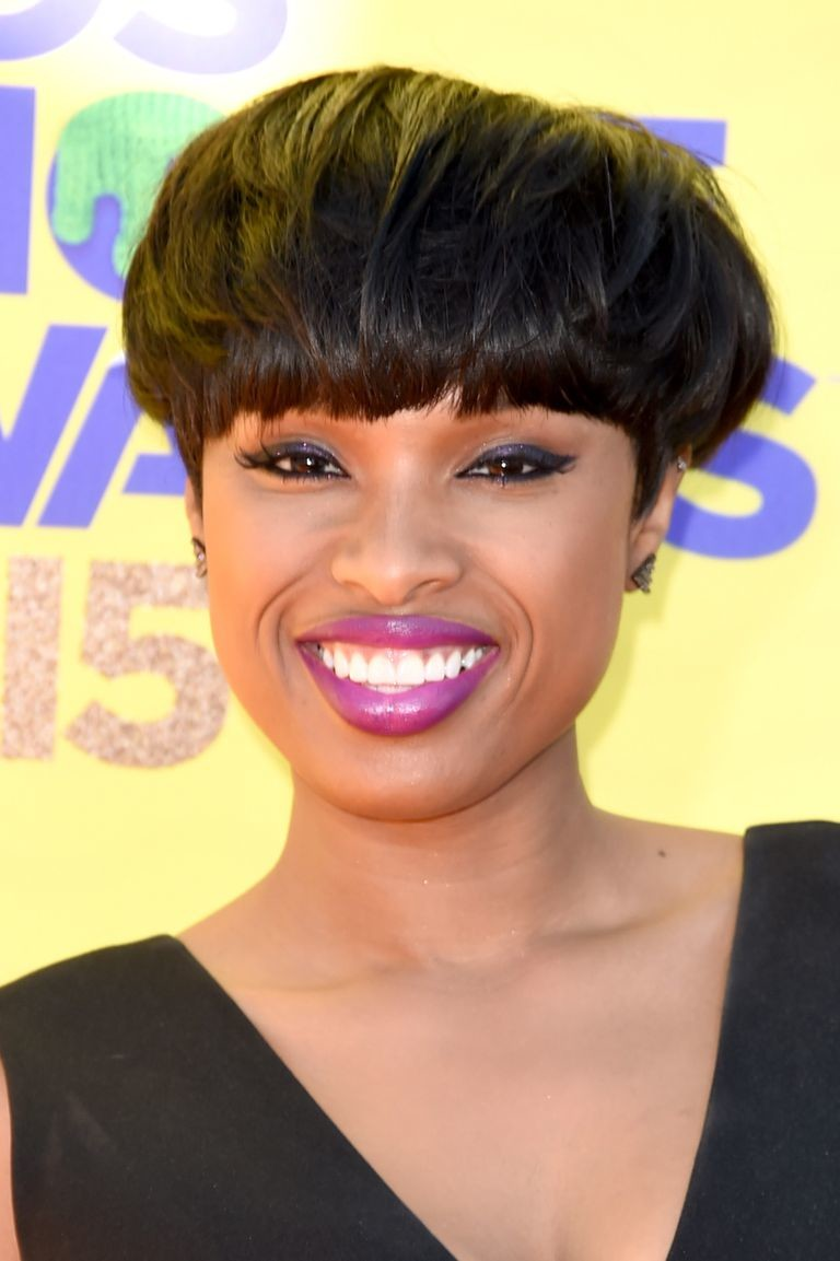Blunt-Bowl-Cut Best Short Hairstyles for Black Women