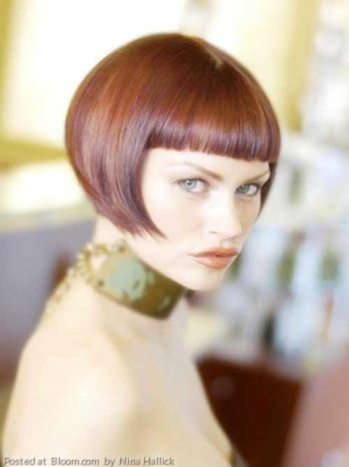 Blunt-Brown-Short-Bob-with-Straight-Bangs Nice Short Straight Hairstyles with Bangs