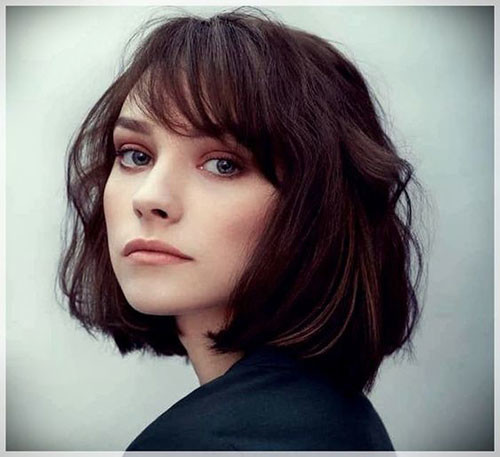 Bob-Cut-with-Cute-Side-Bangs Cute Short Haircuts and Styles Women