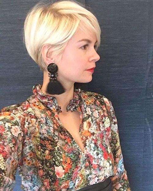 Cute-Blonde-Hair Trendy Hair Colors for Short Hair for Ladies