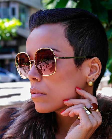 Extremely-Short-Straight-Hair Hairstyles for Black Women with Short Hair