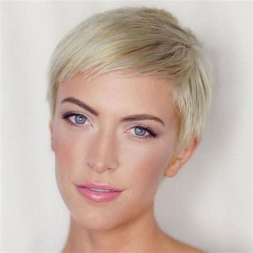 Fine-Straight-Hair-1 Best Pixie Cuts for Blonde Hair