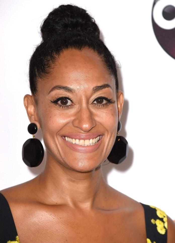 High-Bun Easy Natural Hairstyles for Black Women