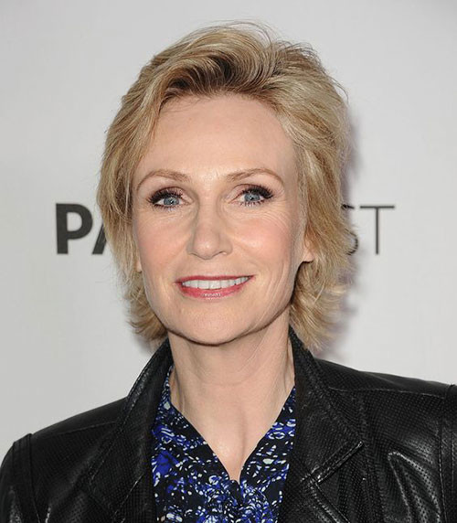 Jane-Lynch Best Short Haircuts for Women Over 50