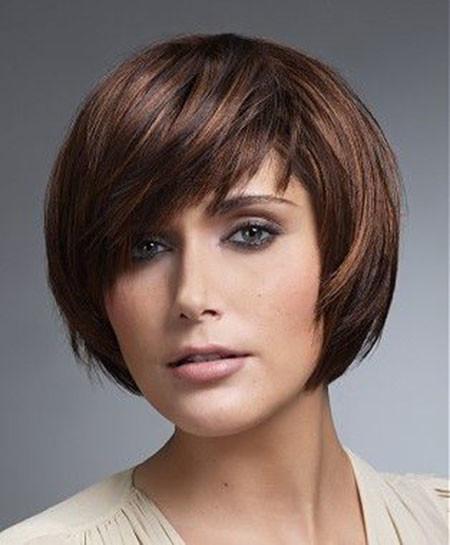 Layered-Bob-1 Trendy Haircuts for Short Hair