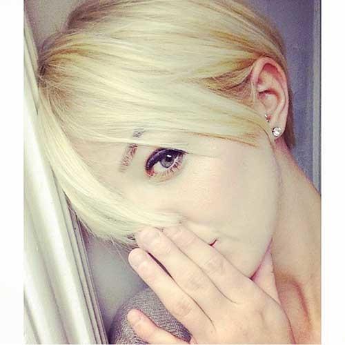 Long-Pixie-–-Bob Striking Short Hair Ideas for Blondies