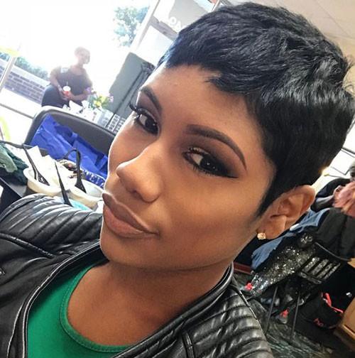 Modern-Black-Hair Short Pixie Haircuts for Pretty Look