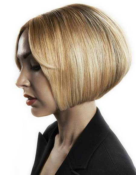 Nice-and-Charming-Classic-Bob-Hair-with-Hues Hair Color for Short Hair 2019