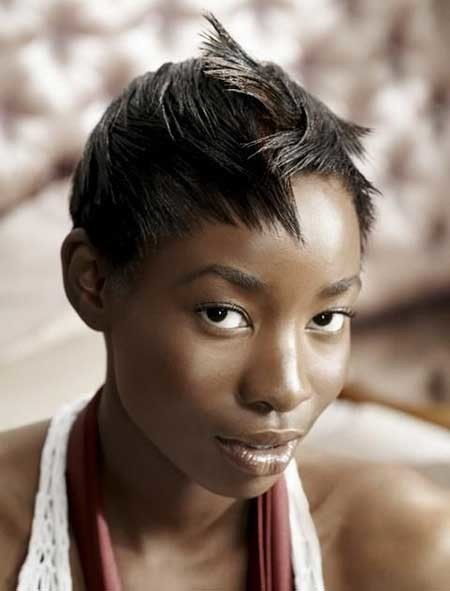 Original-Straight-Pointy-Hair Hairstyles for Black Women with Short Hair
